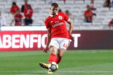 Objetivo Rúben Dias: Atlético de Madrid vai até Portugal. Twitter/SLBenfica