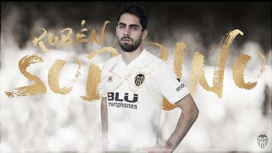 Nuevo delantero para el Valencia. ValenciaCF