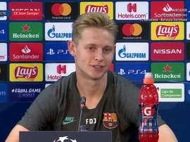 De Jong in conferenza stampa. Captura/FCBarcelona