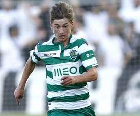 Aos 21 anos, Gauld ainda está longe de ser uma opção para a equipa A do Sporting CP. EFE