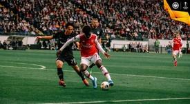 Unai Emery n'a effectué qu'un changement. Twitter/Eintracht