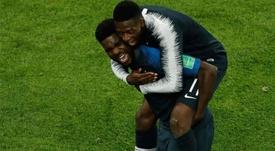 Umtiti y Dembélé, campeones azulgranas en Rusia. AFP