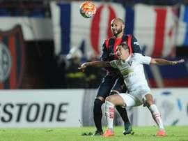 LDU de Quito cayó derrotado ante Barcelona de Guayaquil. AFA
