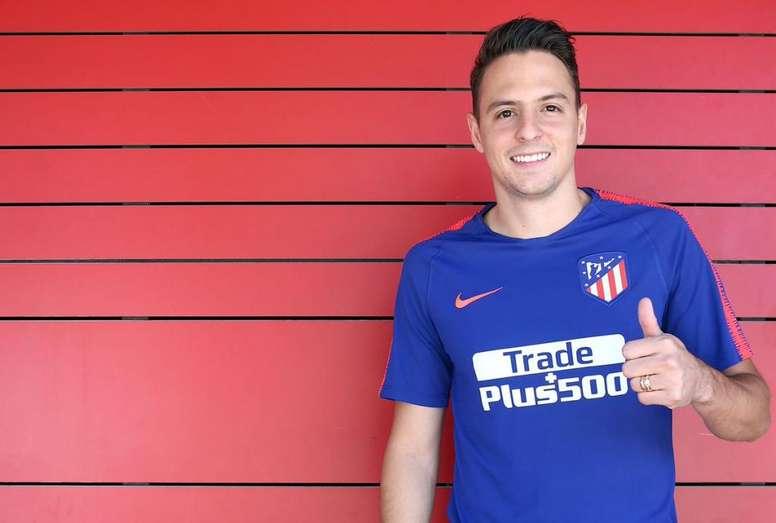 Santiago Arias file à Leverkusen sous forme de prêt. Atleti