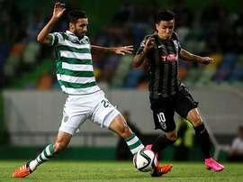 Santiago Montoya no seguirá en el Vitoria de Guimaraes y vuelve al Vasco de Gama. EFE