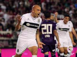 Santiago Silva volvió a marcar ante River. Twitter/gimnasiaoficial