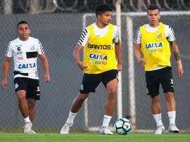Los brasileños estarían a punto de recibir en sus filas a Nilmar. SantosFC
