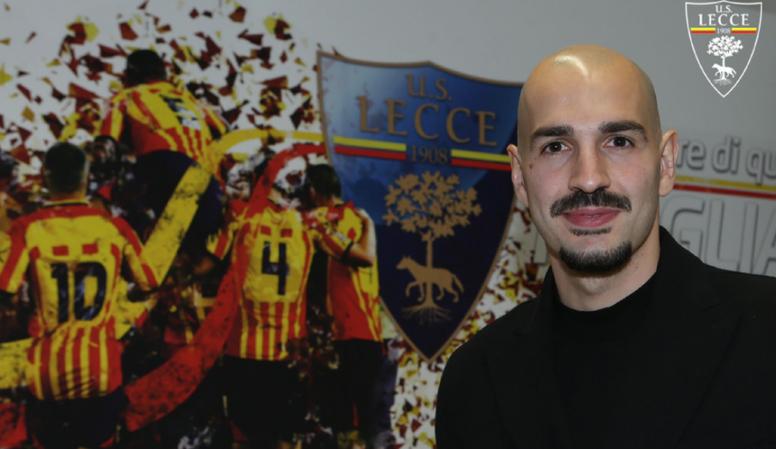 Saponara Swaps Genoa For Lecce Besoccer