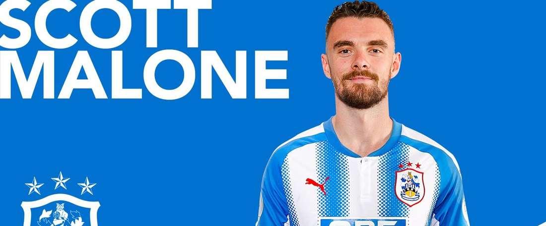 Scott Malone no Huddersfield. Twitter/Huddersfield Town