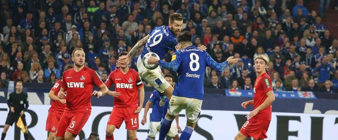 Il y a désormais cinq leaders en Bundesliga. Schalke04