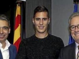 Viré par le Barça pour ses tweets, il se rend au Camp Nou. FCBarcelone
