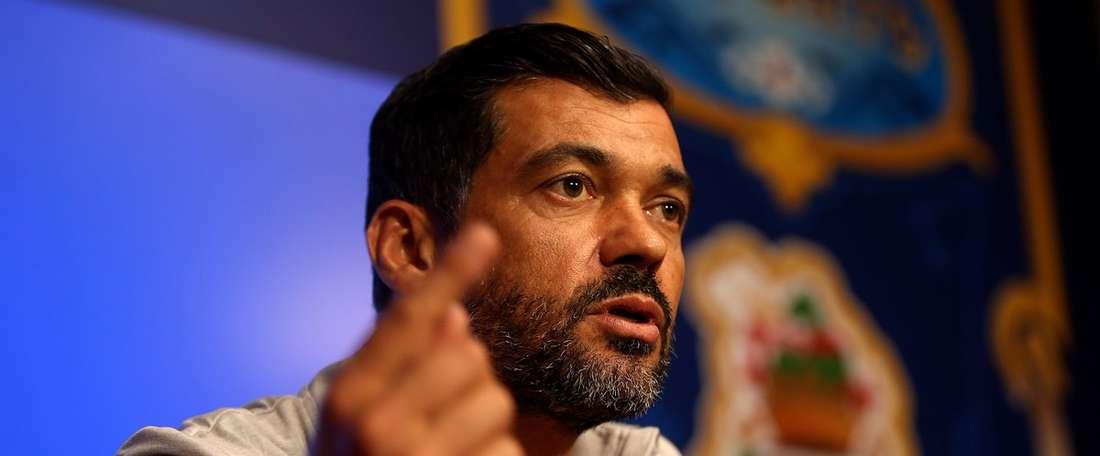 O treinador 'azul e branco' quer pôr termo ao debate sobre a baliza portista. Twitter/FC Porto