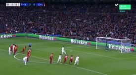 De cavadinha, Ramos marcou o terceiro do Real. Captura/Movistar+/LigadeCampeones