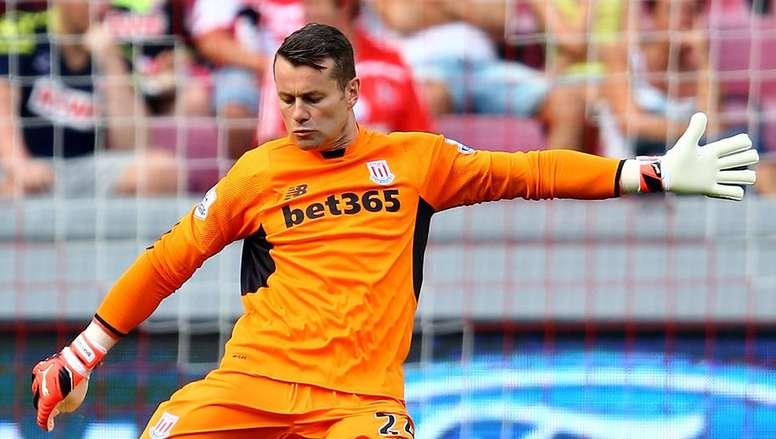 Shay Given está cerca de hacer historia en la Premier League con el Stoke City. AFP