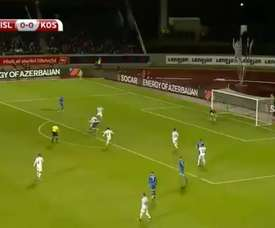 Sigurdsson a inscrit 1-0 face au Kosovo. Twitter/Casadelfútbol