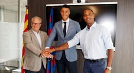 El Barça refuerza su juvenil con Mbuyamba. FCBMasia