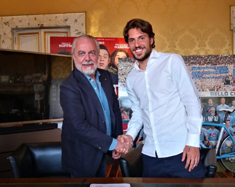 Verdi, nuevo jugador del Nápoles. Twitter/SSCNapoli