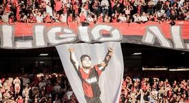 Messi estuvo el día que Maradona debutó con Newell's. EFE/Archivo