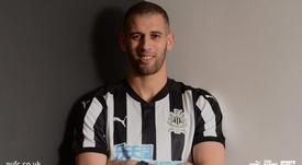 Slimani rejoint Newcastle. Newcastle