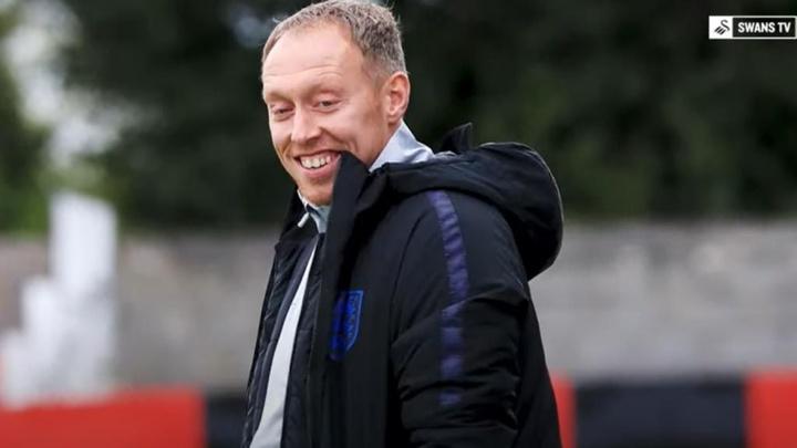 Steve Cooper podría ocupar el banquillo del Nottingham Forest. Captura/SwanseaCityAFC
