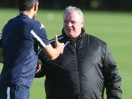 En el club no están satisfechos con el rendimiento que ha dado Evans. LeedsUnited