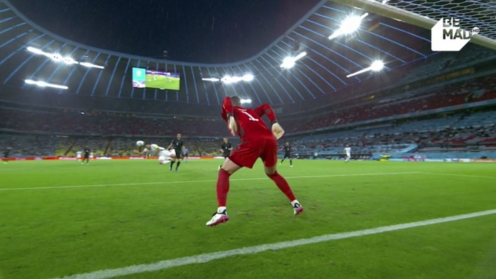 Szalai puso en ventaja a Hungría ante Alemania. Captura/BeMad