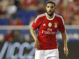 Taarabt va rejoindre Genoa en Serie A. Twitter