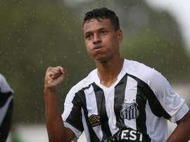 Le Barça et Santos se battent pour Tailson. FCSantos