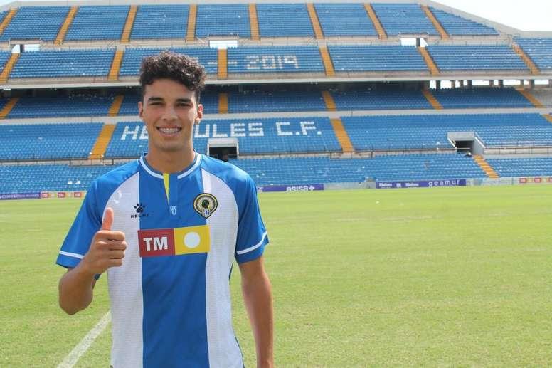 El debut de Teo Quintero otorgó al Hércules solidez en defensa. HérculesCF