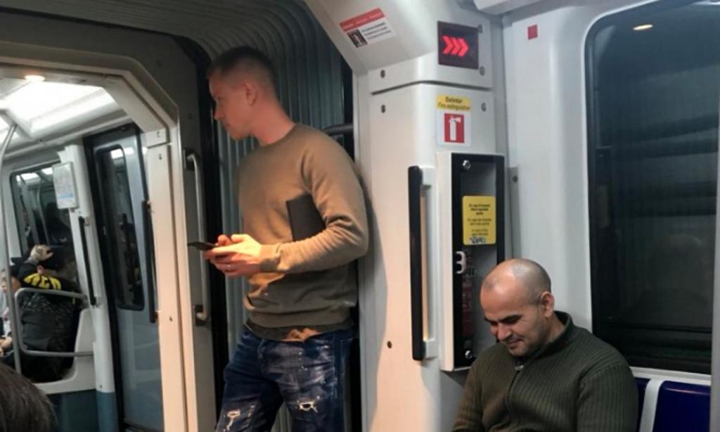 El crack del Barcelona que viaja en metro por la ciudad — VIRAL