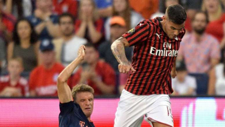 Hernández's agent thinks he is the best full-back in the Serie A. AFP