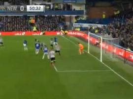 Walcott marque avec Everton. capture/NBC