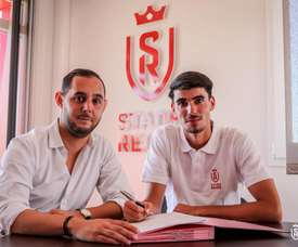 De Smet has signed for Reims. Twitter/StadeDeReims