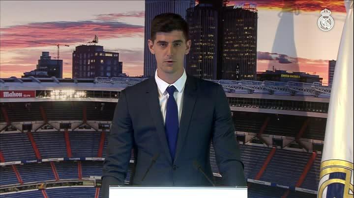 Thibaut Courtois, durante sua apresentaçao como novo jogador do Real Madrid. RealMadridTV