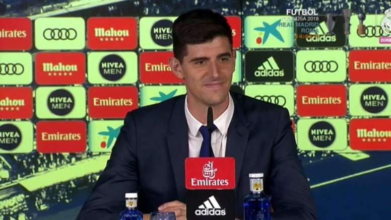 hot sale online 1fc3b b5c29 Thibaut Courtois' presentation as a Real Madrid player - As ...