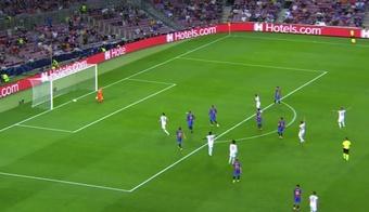 Müller y la suerte adelantaron al Bayern en el Camp Nou. Captura/MovistarLigadeCampeones