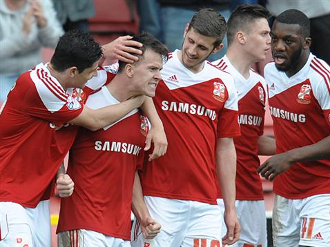 El Swindon Town espera regresar pronto a la League One. SwindonTownFC