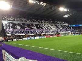 Tifo de la afición del Anderlecht. Twitter