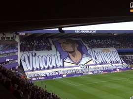 L'impressionnant tifo des supporters d'Anderlecht pour Kompany. Capture/ZVoetbal