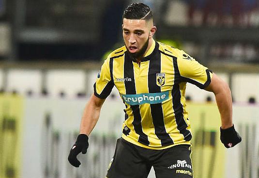 Tighadouini hizo el primer gol del partido. Vitesse