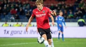 Timo Hubers of Hannover has tested positive for coronavirus. Hannover96
