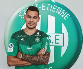 Kolodziejczak has join Saint Etienne on a permanent basic. ASSEOfficiel