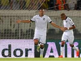 Tiquinho Soares, celebra uno de los goles que el Vitoria de Guimaraes ha logrado ante el Pacos de Ferreira. Hugo Delgado/LUSA