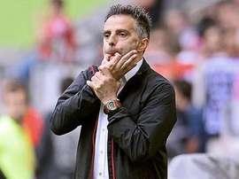 Tomas Oral ha sido destituido como entrenador del FSV Frankfurt a cinco partidos del final. AFP