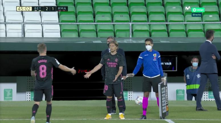 Toni Kroos tem possível lesão muscular. Captura/MovistarLaLiga