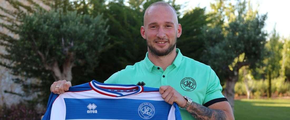 Leistner, nuevo jugador del Queens Park Rangers. QPR_MI