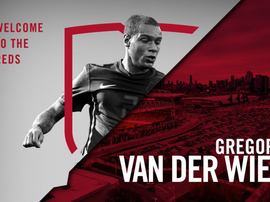 Toronto FC anuncia Van der Wiel. Toronto FC