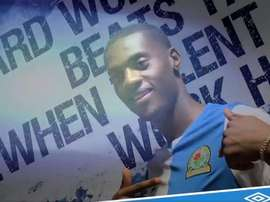Adarabioyo rejoint Blackburn. Capture/Twitter/Rovers