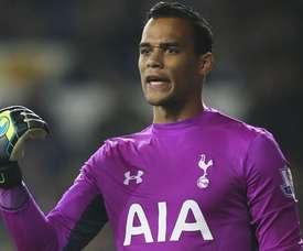 Procura-se um goleiro em Liverpool. Tottenhamhotspur