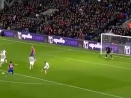 Towsend marcó el 1-0 para el Crystal Palace. Captura